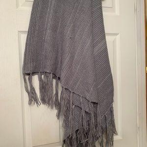 Grey Heavy Knit Shall